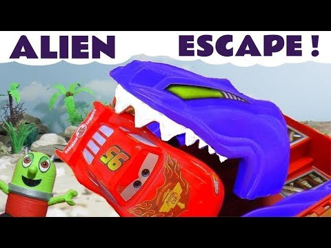 Hot Wheels Alien Escape With Disney Pixar Cars McQueen And Marvel Avengers 4 Superheroes