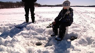preview picture of video 'Ice Fishing in the NEK [SIV258]'