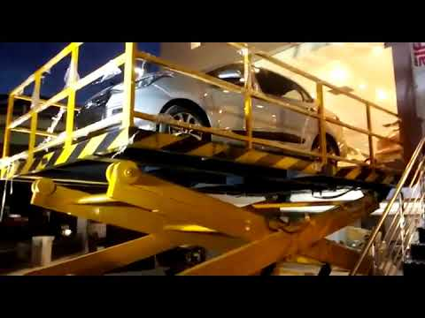 Merrit Scissor Type Hydraulic Car Lift