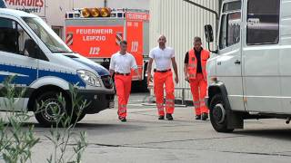 preview picture of video 'explodierte Bäckerei / Gas-Explosion in Mockau - eine tote Person'