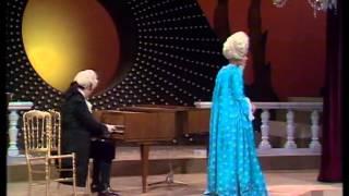 Louis Van Dijk En Henk Van Der Molen In De Martine Bijl Show (1976)