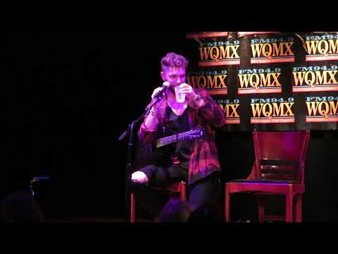 Chris Lane Acoustic Calling Laurennew Phone Whos This