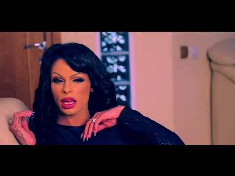 Delia De La Oradea – Pantera Video
