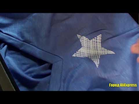 Летняя женская футболка с  v-образным вырезом