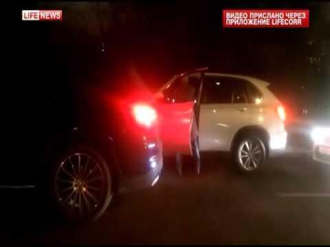 Шоумен Дмитрий Хрусталев избил водителя. ВИДЕО