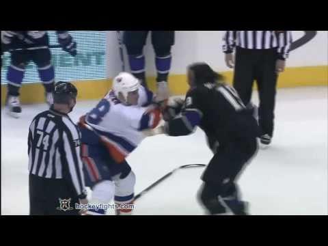 Kevin Westgarth vs. Zenon Konopka