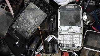 Nokia mobile phone restoration that has been discarded owner