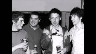 Arctic Monkeys - Knock a door run