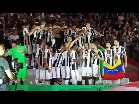 La bandera de Venezuela participó en el título de la Juventus