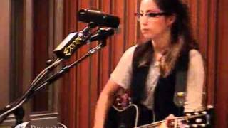KT Tunstall performing Madame Trudeaux on KCRW