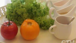 Здоровое питание: три рецепта салатной заправки на основе масла