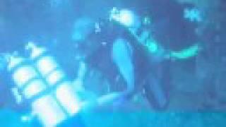preview picture of video 'Dive SS President Coolidge - Vanuatu, Santo 2008'