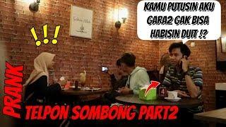 JAWABAN TELPONAN SOMBONG DISAMPING ORANG | Prank Indonesia