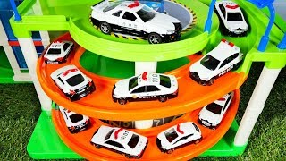 はたらくくるま トミカのパトカーと駐車場でくるくる遊ぼう♪ おもちゃ アニメ 幼児 子供向け動画 TOY KIDS Police CARS
