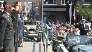 Stichting Regionale Veteranendag Noord-West Veluwe - 6 juli 2013 - Eerbetoon aan veteranen