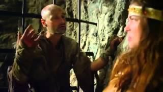 Przeznaczenie Wikinga-Młody wiking o imieniu Erick łączy siły z członkami zwaśnionego klanu, by ocalić uprowadzoną księżniczkę. Okazuje się jednak….