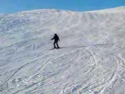 Видео: Видео горнолыжного курорта Веселая, Гора в Алтай