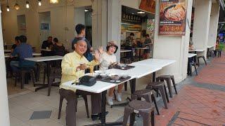 """Food For Good #245: Phát hiện tiệm mì """"xuyên đêm"""" vỉa hè Seng Huat ngon bổ rẻ tại Singapore"""