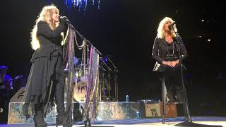 """""""All Over Again"""" Fleetwood Mac United Center Chicago 10/6 18"""