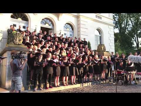 HHU - Unichor: Offenbach live beim Open Air Schloß Mickeln 2018
