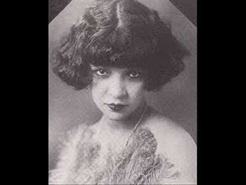 Lillian Harris w/ the Original New Orleans Jazz Band Mama's Got The Blues (BANNER 1212) (1923) online metal music video by ORIGINAL NEW ORLEANS JAZZ BAND