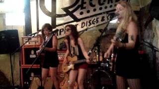 Cannonball Blues covered by Those Darlins
