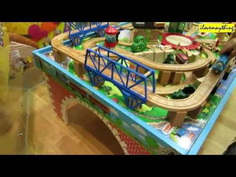 Thomas & Friends Table Play Set Wooden Railway