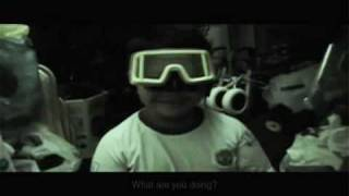 preview picture of video 'Short Movie-Googles (Brunei)'