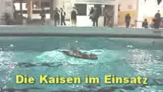 Bootsfahrt im Schwimmbad