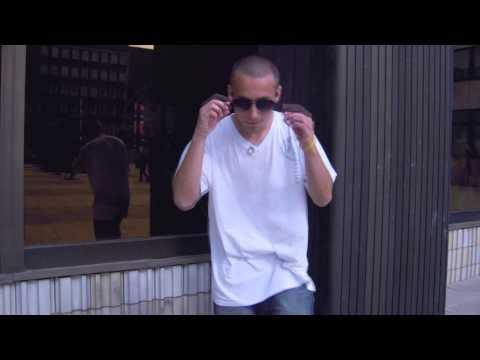 Pompino US-T - U.K.N - Dívám se do zrcadla (Official Music Video)