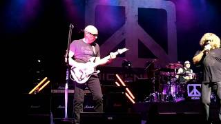 Chickenfoot - My Kinda Girl @ Paris Olympia