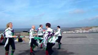 preview picture of video 'Mucky Mountains Morris dancing Maid of the Mill'