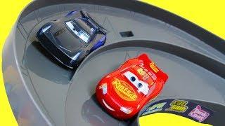 Disney Cars 3 Launch & Race Desert Track Set Lightning McQueen Vs Jackson Storm + Mack Transporter
