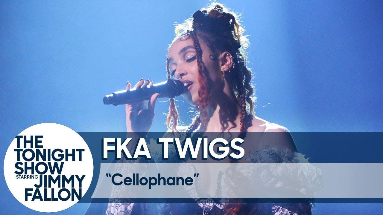 FKA twigs: Cellophane thumbnail