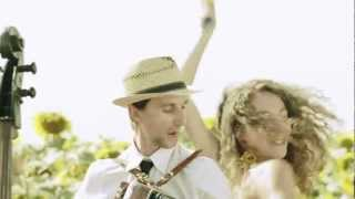 Los Colorados ‒ I Like To Move It (Official ZDF Football Song)
