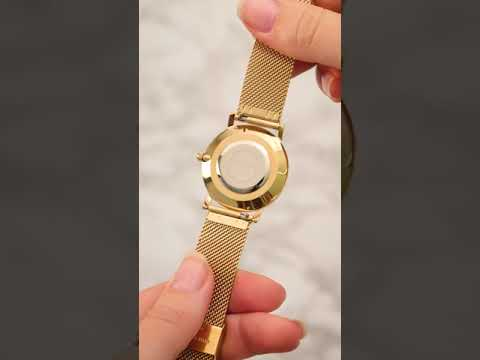 May Sparkle Bloom Girl Bloom Sunny ladies watch gold colored