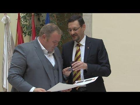 Budavár Díszpolgára 2018 - video preview image