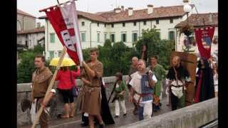 preview picture of video 'PALIO SAN DONATO 2013 CIVIDALE DEL FRIULI  ( parte 2 )'