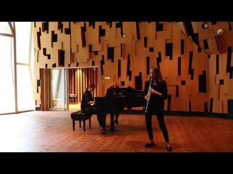 Claire - Mozart Clarinet Concerto - UCLA (november 2016)