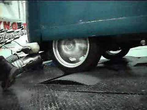 akciddento VW split screen bus on the raceshack dyno