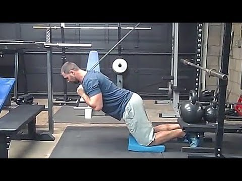 Band Nordic Hamstring Curl