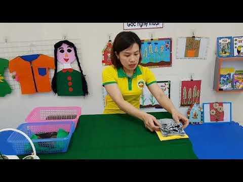 HĐ kỹ năng gấp quần áo ( Trẻ MGN 4-5 tuổi)