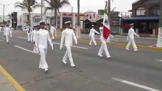 preview picture of video 'Desfile Escuela Nautica Mercante de Veracruz'