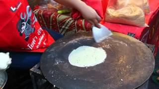 2016-02-08 Cooking Pancakes, China Town, Chiang Mai