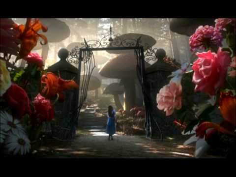 Alice in Wonderland Soundtrack - Little Lady in a Large World