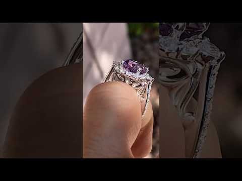 enr129 with an Amethyst center stone