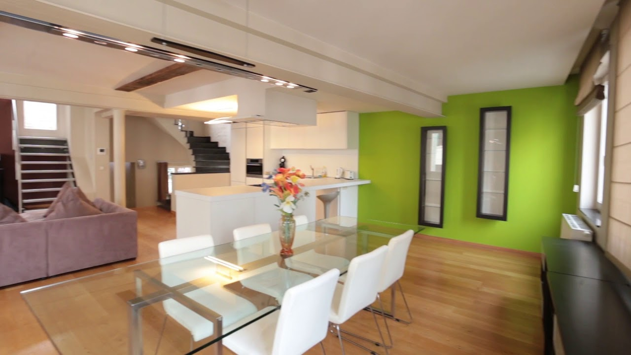 Spacious 3-bedroom apartment with terrace for rent in Brussels City Center
