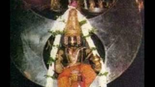 Preenayamo Vaasudevam