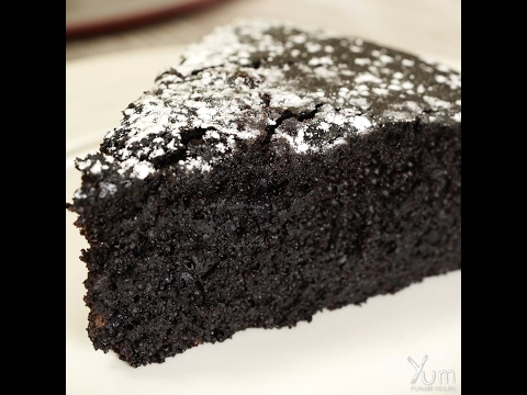 Video How to Make Moist Chocolate Cake- No Eggs, No Butter