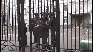Видео с места зверского убийства ученика и учителя в Москве